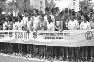 Siliguri police spreads traffic awareness through race, walkathon