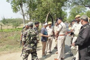SSB jawans free arrested officer from police custory
