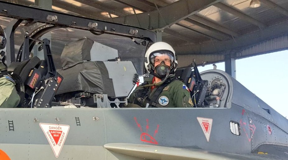 French Air Force chief flies Tejas