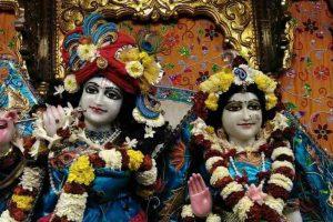 ISKCON devotees arriving for 'Gour Purnima' festival