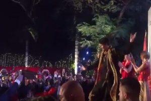 Canadian PM Justin Trudeau breaks into 'Bhangra' in Delhi!