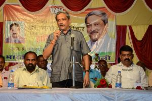 Parrikar welcomes all tourists to Goa but has a condition