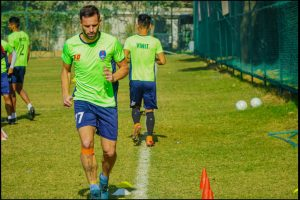 Delhi Dynamos sign midfielder Manuel Arana, part ways with Guyon Fernandez