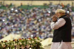 In Oman, PM Modi slams Congress for long list of 'scams'
