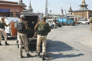 Shutdown in Kashmir on Guru's death anniv