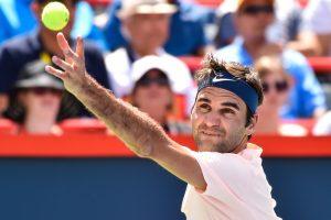 Roger Federer stays atop ATP rankings