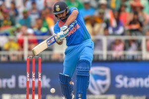 Nidahas Trophy: Dhawan's 90 helps India post 174/5 in 20 overs