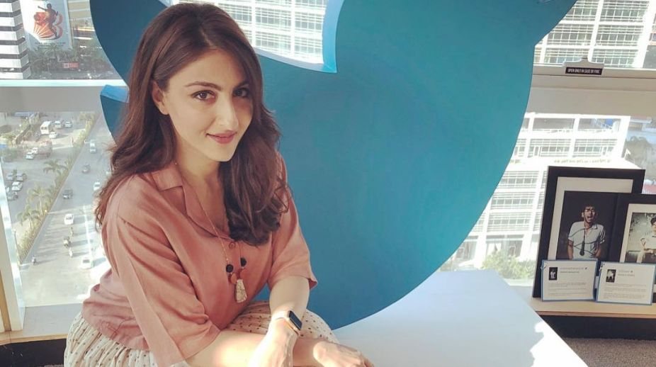 Soha Ali Khan, Amitabh Bachchan, The Perils of Being Moderately Famous