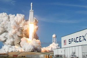 SpaceX launches world's most powerful rocket, sends car into space