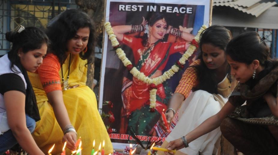 Sridevi Fans pay tribute