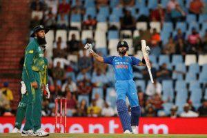 Virender Sehwag predicts Virat Kohli's centuries in ODIs
