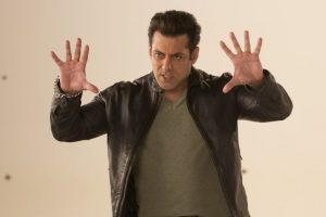 Salman promises high dose of fun in 'Dus Ka Dum'