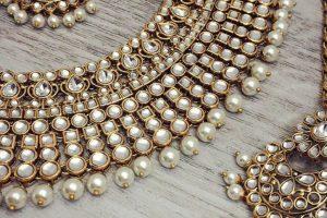 Intricate kundan polki jewellery to capture the charisma