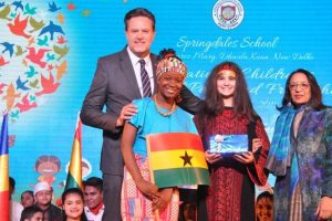 Students perform for peace at Int'l Children's fest