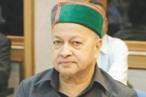 Continuing of HPCC chief suicidal for party: Virbhadra