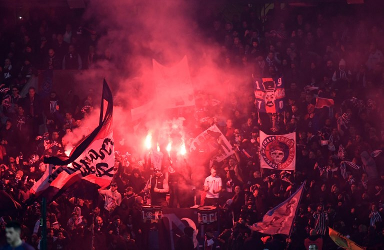 Paris Saint-Germain F.C., Fans, Flares, UEFA Champions League, Paris Saint-Germain F.C.
