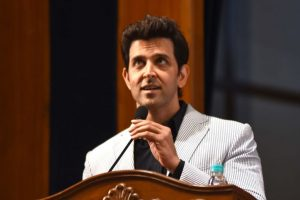 'Teacher' Hrithik Roshan wishes luck to students for board exams