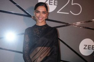 I've requested Bhansali Sir for Jauhar outfit as gift: Deepika Padukone