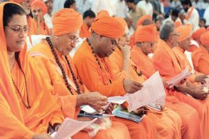 Lingayat panel report tailor-made for Siddu on election eve