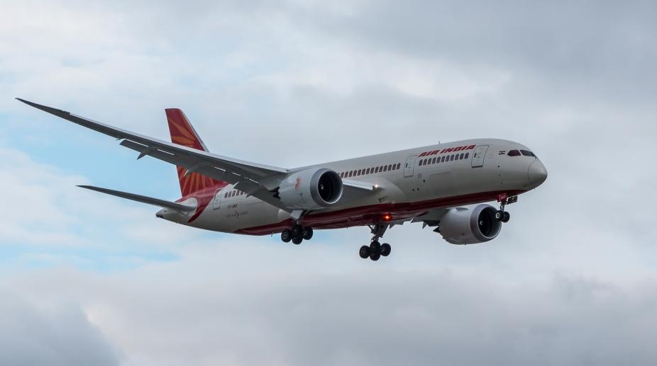 Air India, Goa flight, Air India Goa flight, emergency landing, Air India emergency landing, Mumbai Airport