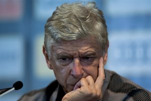 Arsene Wenger blasts referee after loss to Leicester