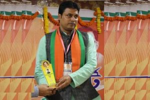 Biplab Deb's new shocker: Diana Hayden is not an Indian beauty, Aishwarya Rai is