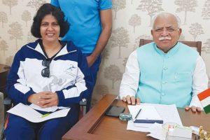 Khattar congratulates Para-athlete Deepa Malik for winning Gold Medal