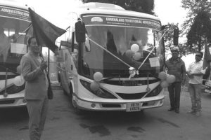 Tamang flags off 'medical vans'
