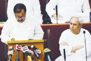 Finance minister presents Rs 1,20,028cr Budget for 2018-19