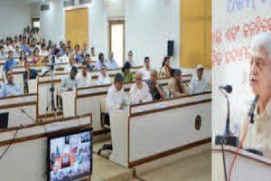 Azim Premji seeks govt, non-government collaboration for sustainable development