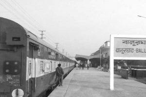 Poor Railway services leave S Dinajpur fuming