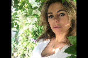 British actress Elizabeth Hurley says she loves visiting India