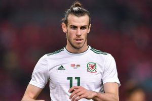 Record-breaking Gareth Bale fires Wales to romp over China