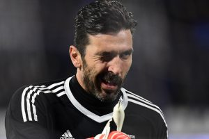 Italy coach labels Gianluigi Buffon the 'unifier'