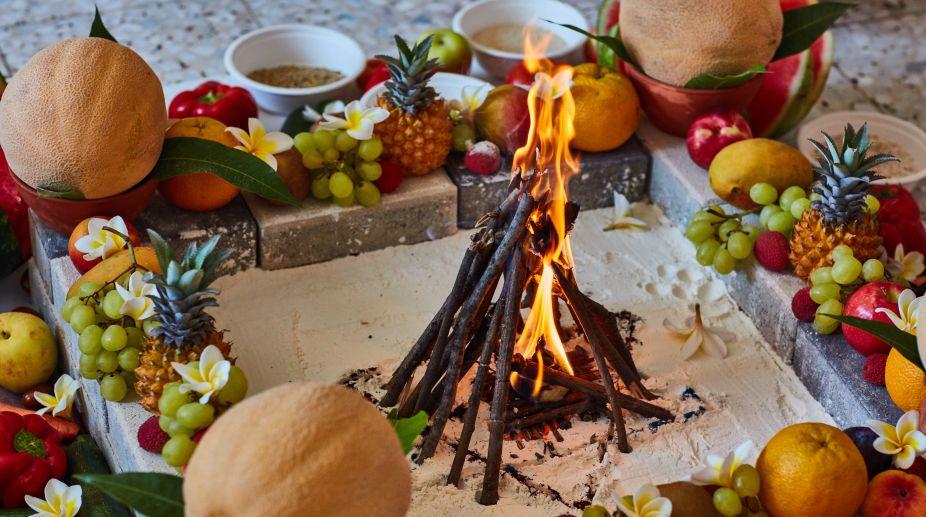 Varanasi Brahmins burn 500 quintals of wood to
