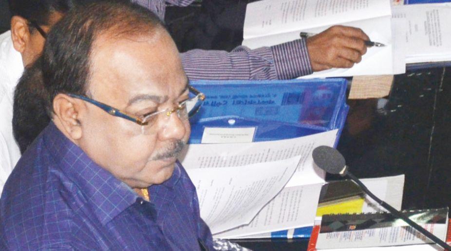 Mayor Sovan Chatterjee presenting Budget 2018-19 at KMC in Kolkata on Saturday. (Photo: Dilip Dutta)