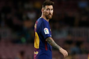 Messi participates in Barca training for La Liga match against Sevilla