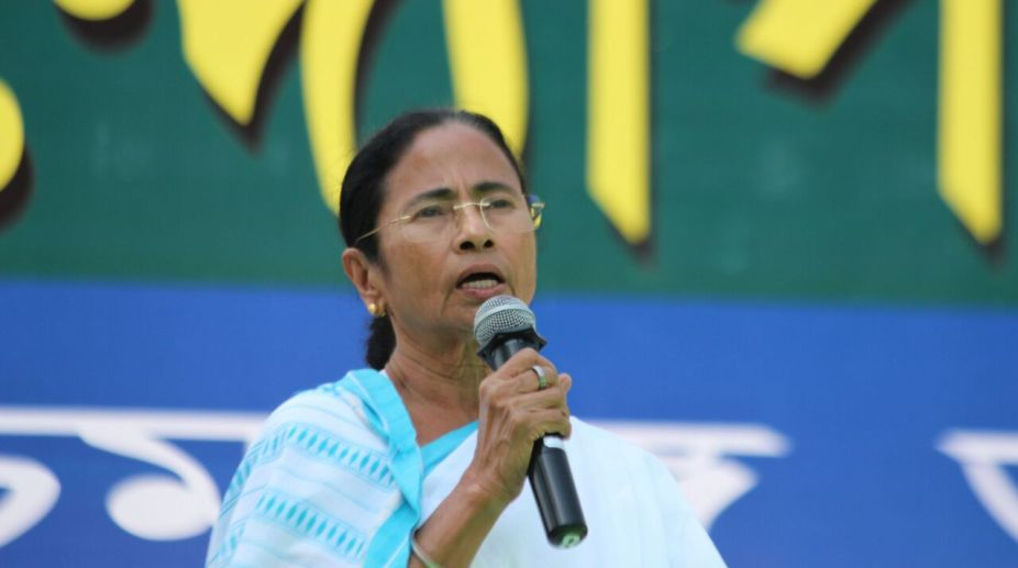 Didi in Delhi meets Kanimozhi, Pawar; Sonia likely on March 28
