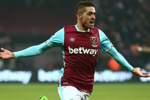 Manuel Lanzini ruled out of World Cup following cruciate knee ligament rupture