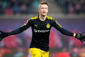 Marco Reus inks contract extension at Borussia Dortmund