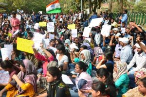 JN Metro station closed to quell SSC aspirants protest