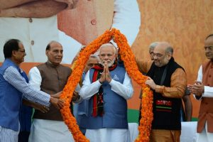 Left suffered for spreading 'bhay' and 'bhram', says PM Modi