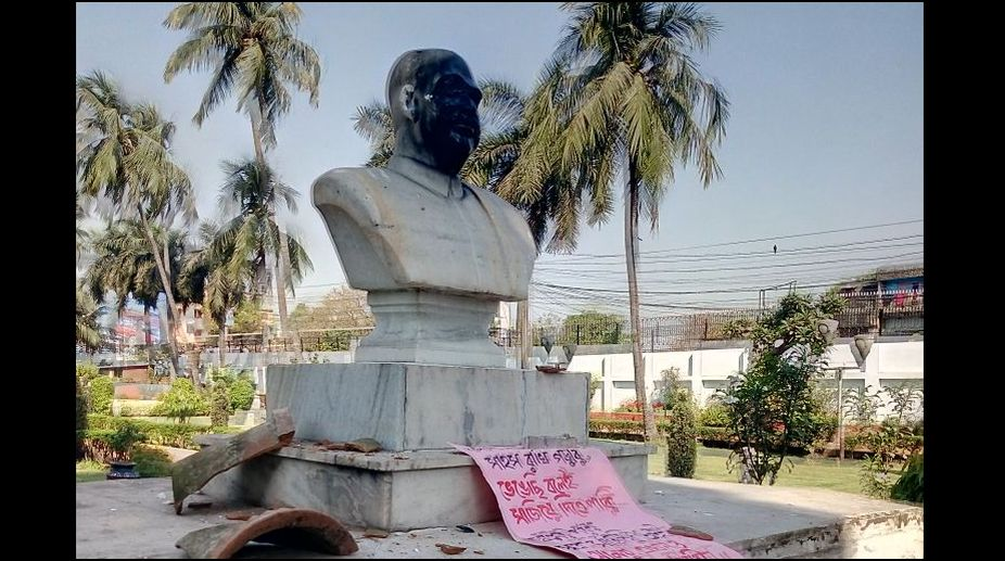 CPM workers vandalise Jana Sangh founder SP Mukherjee's statue in West Bengal