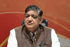 Before Naresh Agrawal, these leaders too made controversial comments on women