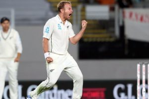 Neil Wagner bounces New Zealand to innings victory