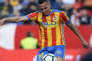 Valencia closer to CL berth with win over Sevilla