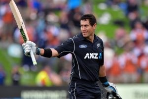 NZ vs ENG: Ross Taylor fights leg injury, scores 181 in the memorable chase