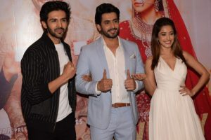 B-town celebs at success bash of 'Sonu Ke Titu Ki Sweety'