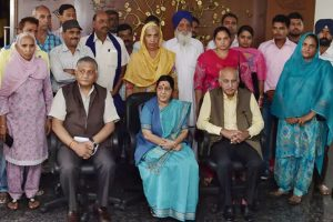 Iraq deaths: Cong's Punjab MPs to move privilege motion against Swaraj for 'misleading' RS