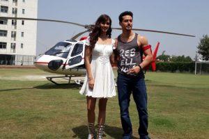 'Baaghi 2': Tiger, Disha make entry in helicopter at GL Bajaj College in Delhi